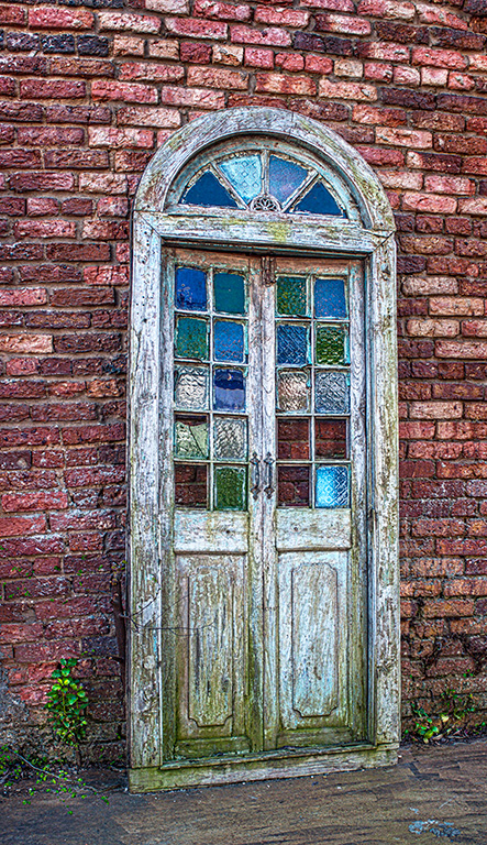 CF059624_Doors_Stain-Glass_Vintage-French-Doors