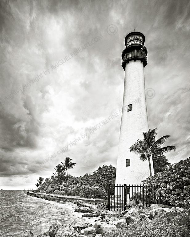 _Z5A0348_B&W_lighthouse
